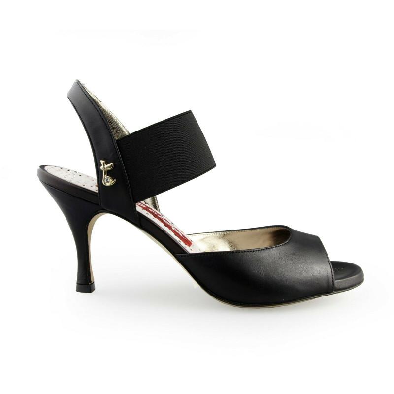 E 01 Total Black Heel 7 cm