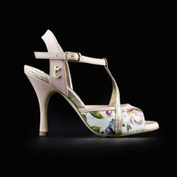 A 10 Rose magnolia Heel 9 cm